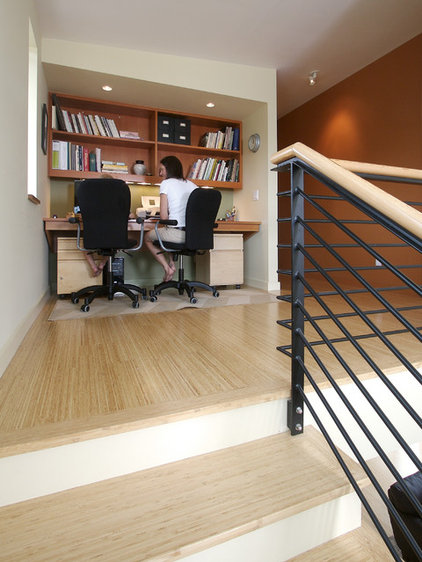 Modern Home Office by Mohler + Ghillino Architects