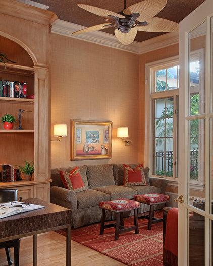 Tropical Home Office by RLH Studio