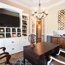 Traditional Home Office by Maison Market