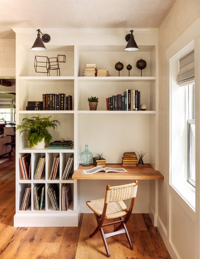 Country Home Office & Library by Jess Cooney Interiors