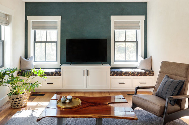Home Office & Library by Jess Cooney Interiors
