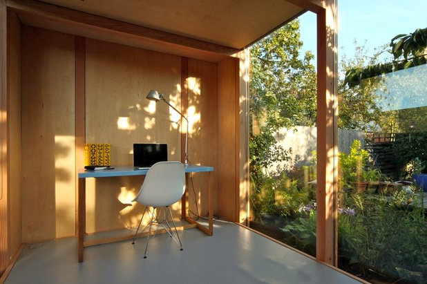 Modern Home Office & Library by 3rdSpace