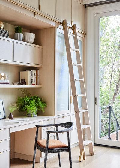 Classique Chic Bureau à domicile by J. PATRYCE DESIGN