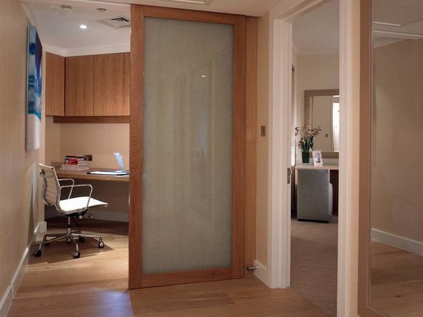 Strange How To Turn Your Closet Into An Office Largest Home Design Picture Inspirations Pitcheantrous