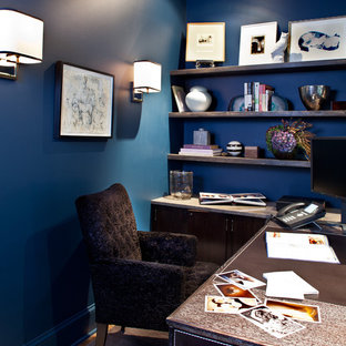 Transitional home office photo in New York
