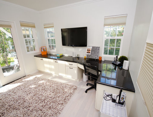 Home offices on houzz tips from the experts for Houzz corporate office