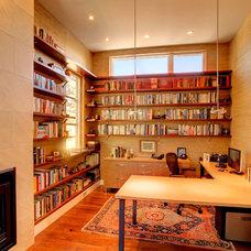 Modern Home Office by George Watt Architecture