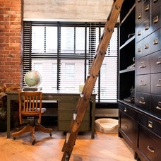 Industrial Home Office by Beyond Beige Interior Design Inc.
