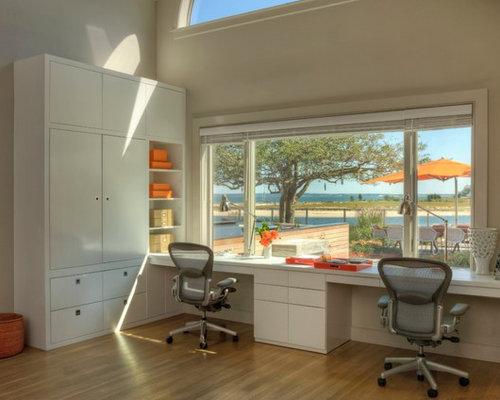 Maritimes arbeitszimmer mit eingebautem schreibtisch for Schreibtisch york