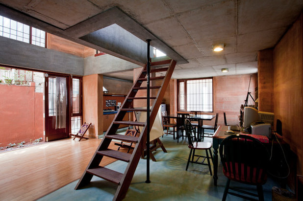 10 Staircase Designs for Small Spaces