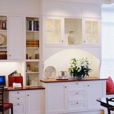 Modern Home Office by Siemasko + Verbridge