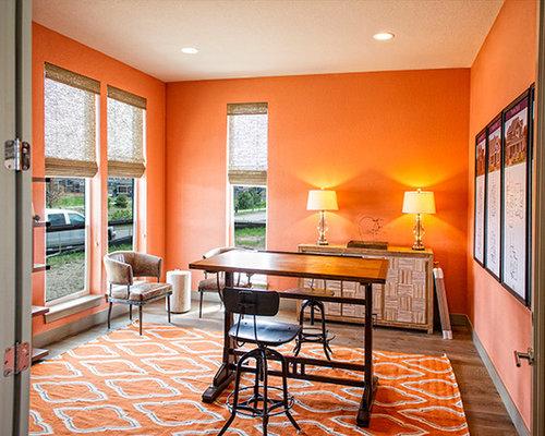 Landhausstil arbeitszimmer mit oranger wandfarbe for Arbeitszimmer wandfarbe