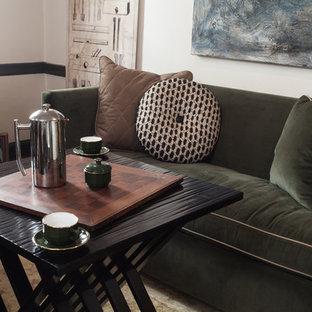 フィラデルフィアの中くらいのトランジショナルスタイルのおしゃれな書斎 (標準型暖炉、木材の暖炉まわり、自立型机、ベージュの壁、カーペット敷き、ベージュの床) の写真