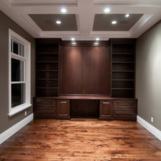 Traditional Home Office by Cameo Homes Inc.
