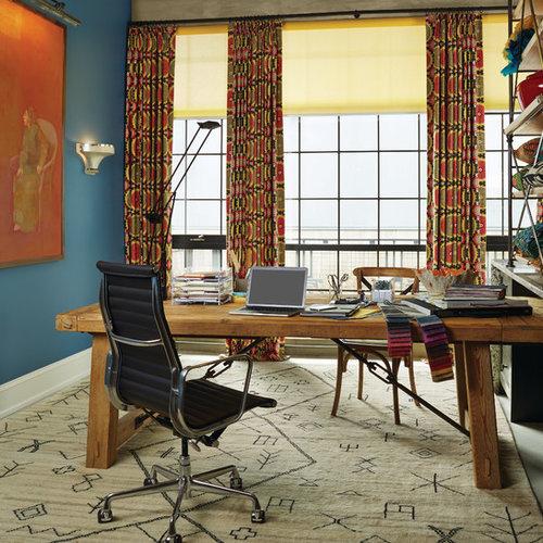 Bureau Atelier Industriel Avec Un Mur Bleu Photos Et Idees Deco De