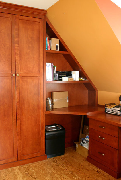 Tropical Home Office by Cadieux Woodworking Inc.