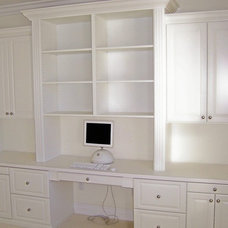 Traditional Home Office by Closet Crafters