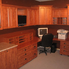 Traditional Home Office by California Closets