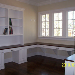 traditional home office by Grainda Builders, Inc.