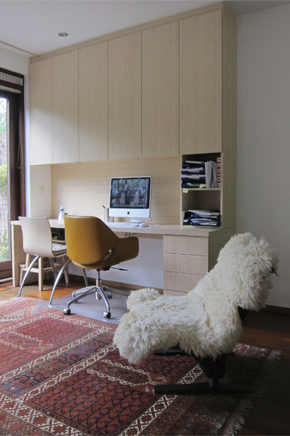 Contemporary Home Office by in3interieur