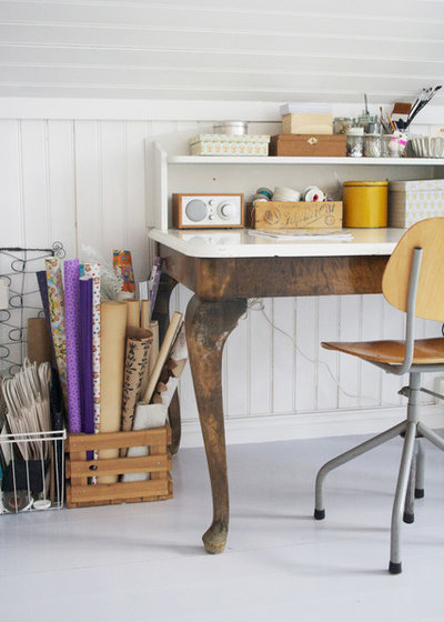 Shabby-chic Style Home Office by Jeanette Lunde