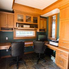 Farmhouse Home Office by Menno Martin Contractor