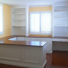 Traditional Home Office by CustomBuilt-ins.com / CFM Company Inc.