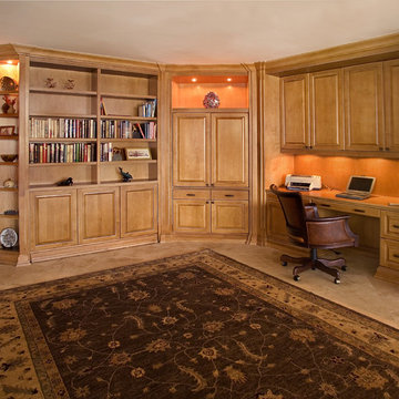 Home Office with Zoom-Bed - Closed