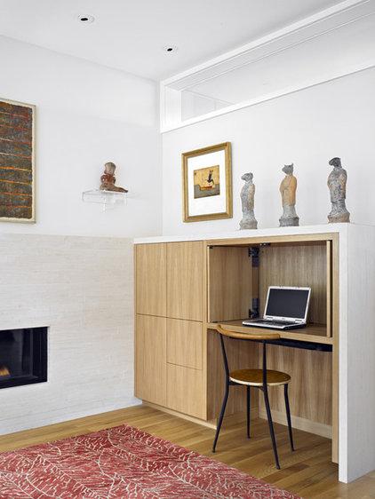 Modern Home Office by yamamar design