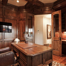 Rustic Home Office by Cameo Homes Inc.
