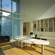 Modern Home Office by Guy Peterson Office for Architecture