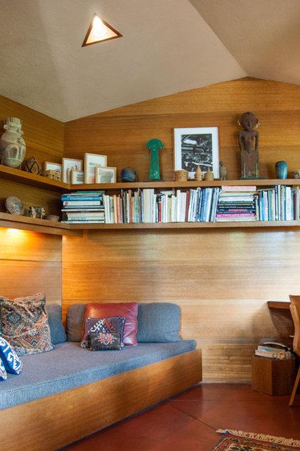 modern home office by Adrienne DeRosa