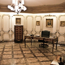 Traditional Home Office by Ibhar
