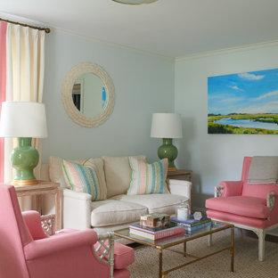 Ispirazione per un piccolo ufficio chic con pareti blu, moquette, scrivania autoportante e pavimento multicolore