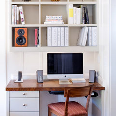 modern home office by Jetton Construction, Inc.