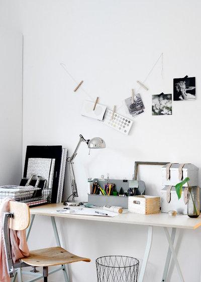 Scandinavian Home Office by Monteliushome