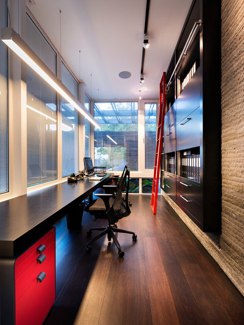 Long narrow room home office design ideas remodels photos for Long narrow office layout