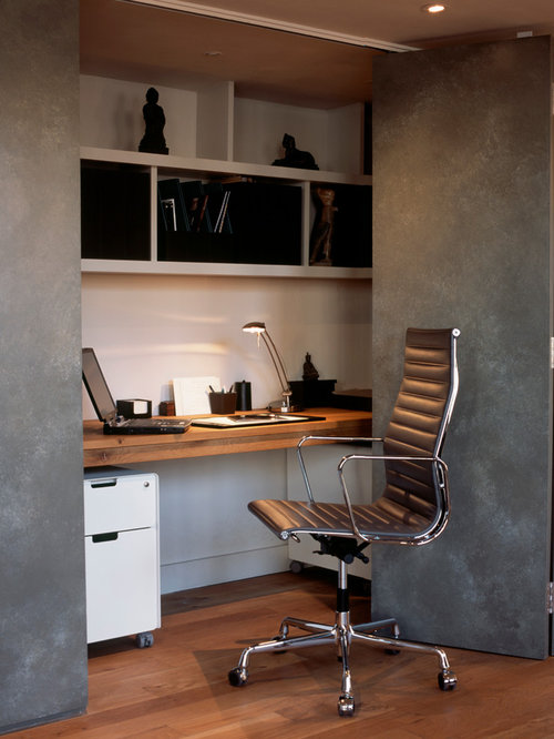 Small Trendy Medium Tone Wood Floor Home Office Photo In London With Gray Walls