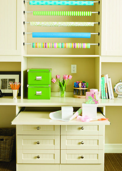 Modern Home Office by California Closets HQ