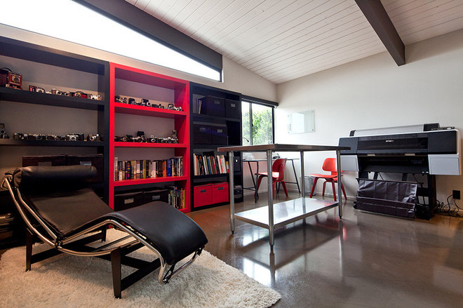Modern Home Office by Silva Studios Architecture