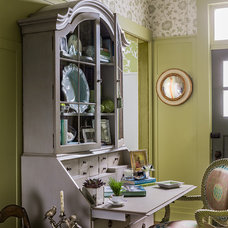 Traditional Home Office by Elizabeth Home Decor & Design, Inc.
