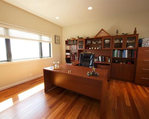 Kolonialstil arbeitszimmer mit gelber wandfarbe ideen for Arbeitszimmer wandfarbe