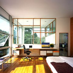 modern home office by Kanner Architects - CLOSED