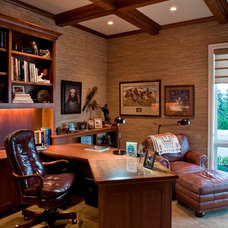 Traditional Home Office by Kaufman Homes, Inc.