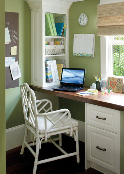Eclectic Home Office by Jackson Cabinetry LLC