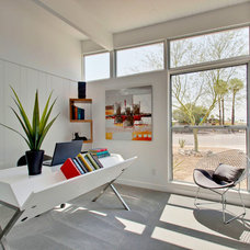 Midcentury Home Office by House & Homes Palm Springs Home Staging
