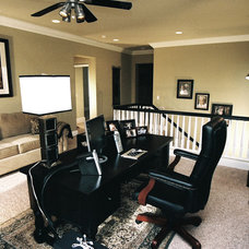 Traditional Home Office by TRUADDITIONS