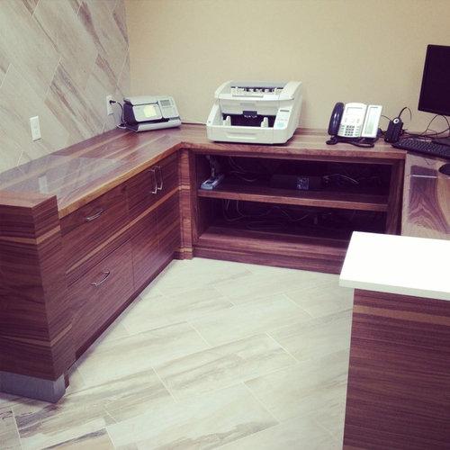 Ideas para despachos dise os de despachos modernos violetas for Ideas para despachos