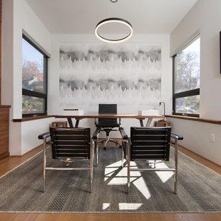 Study Room   Mid Sized Contemporary Freestanding Desk Medium Tone Wood  Floor And Brown Floor