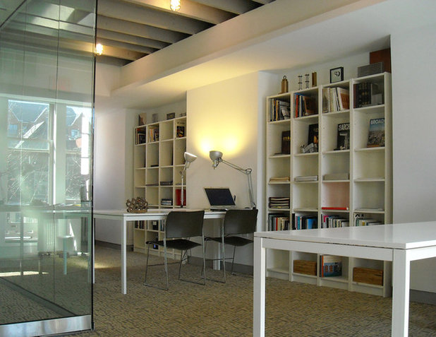 Modern Home Office by AJArchitects.com llc